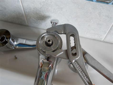 sostituzione rubinetto cucina smontare cartuccia miscelatore cucina
