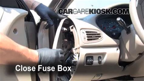 mitsubishi galant interior fuse check