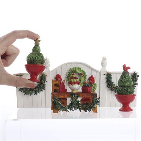 miniature christmas colonial garden set table decor