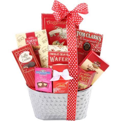 valentines gifts walmart alder creek sweet gift basket 10 pc walmart