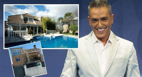 casa kiko hernandez kiko hern 225 ndez vende sus dos chalets por 800 000 euros