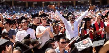 Stanford Weekend Mba by Stanford Commencement 2017 Stanford News