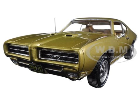 pontiac models pontiac diecast models diecast model cars for sale