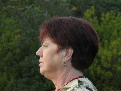 hairstyle for big nose and weak chin good haircuts for weak chin search results hairstyle