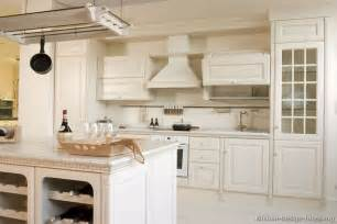 White Kitchen Cabinet Pictures Pictures Of Kitchens Traditional White Kitchen Cabinets Page 5