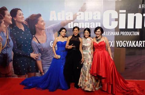 film remaja di lu merah review film aadc 2 nostalgia manis setelah 14 tahun