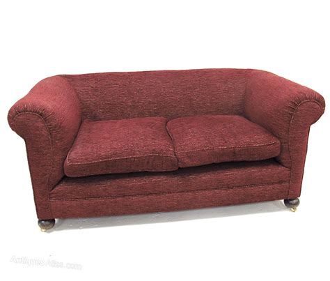 Two Seater Chesterfield Sofa by 2 Seater Chesterfield Sofa Antiques Atlas