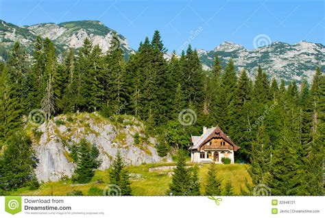 cottages in the mountains mountain cottage stock image image 32948721