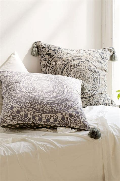 oversized bed pillows latest oversized bed pillows 11 for home decorating with