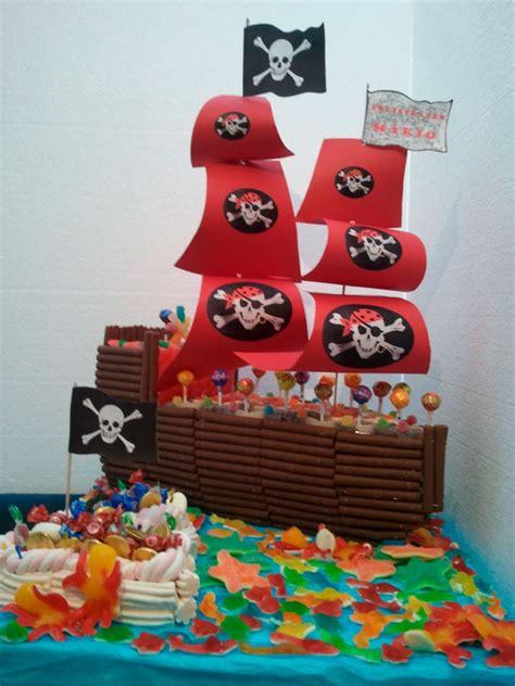 barco pirata tarta barco pirata tartas de chuches tartas y decoraci 243 n con