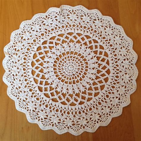 crochet doilies pattern free 902 best images about crochet doily patterns on pinterest