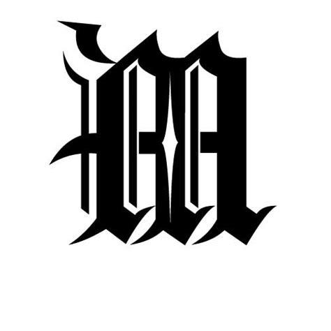 Exemple De Lettre Gothique Modele Tatouage Ecriture Gothique Lettre M