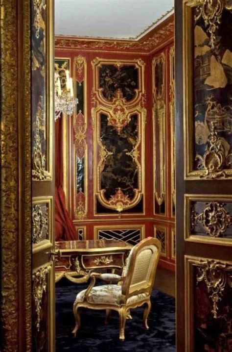 feau cie boiserie historical interior elegant