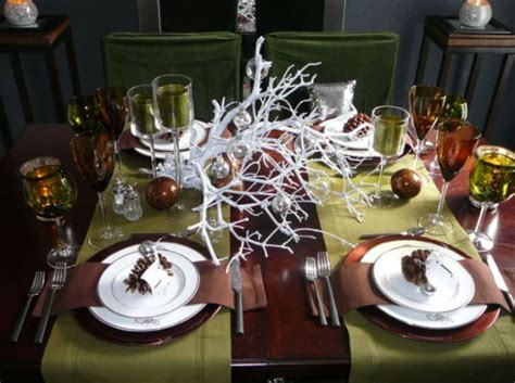 beautiful table settings green and brown 5 centerpiece ideas for christmas dinner