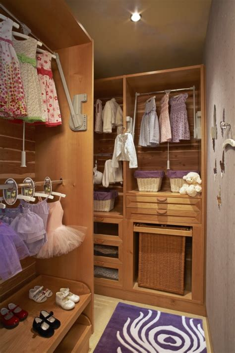 Cool Bedroom Closet Ideas 75 Cool Walk In Closet Design Ideas Shelterness