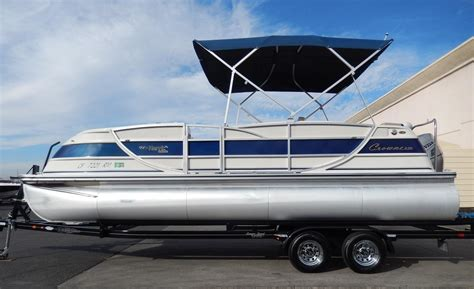 crown boats 2007 used harris kayot crown 230 pontoon boat for sale