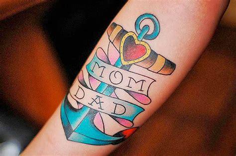 tatuaggi lettere con cuore tatuaggio ancora storia significato e 200 foto a cui
