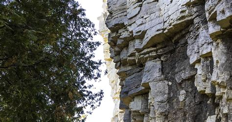 wisconsin explorer hiking the eagle trail in door county