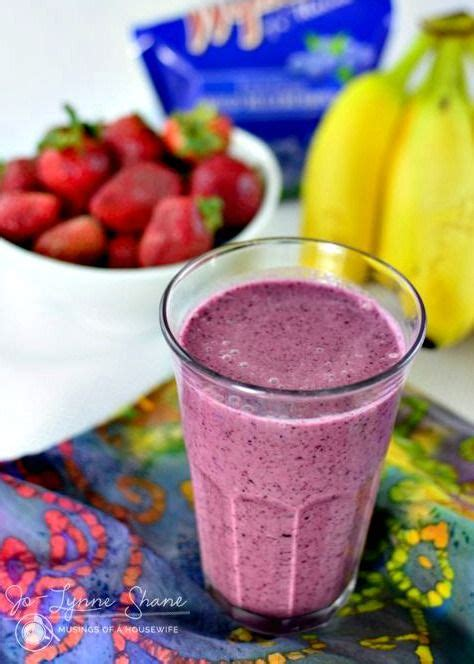 Blueberry Banana Detox Smoothie by 17 Best Ideas About Strawberry Blueberry Smoothie On