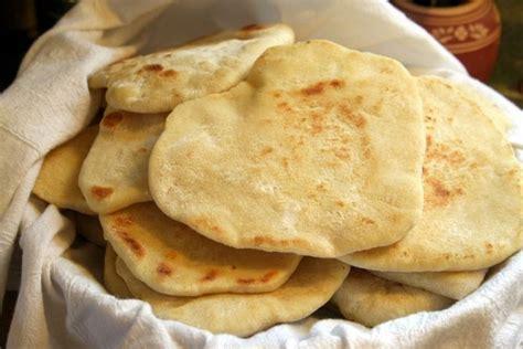 come fare il pane azzimo in casa come fare il pane senza lievito la ricetta pane