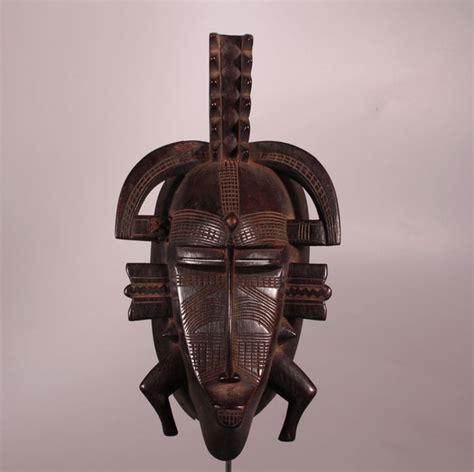 Masker Cultusia kpelie masker de cultus poro bovenste object senufo ivoorkust