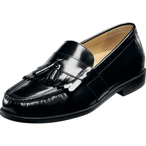nunn bush loafers nunn bush s keaton tassel loafers dress shoes