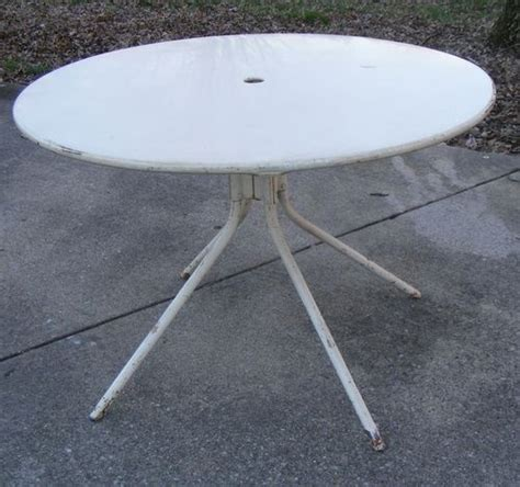 Vintage Patio Table Vintage Metal Yard Patio Table Furniture