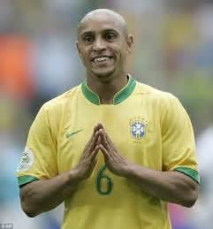 Soccerwe Brazil 2002 Roberto Carlos brazil legend roberto carlos tips team for world cup