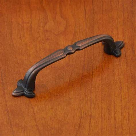 fleur de lis cabinet pulls rubbed bronze fleur de lis cabinet hardware pulls 133 ebay