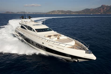 stingray alloy boats italyachts yacht charter superyacht news