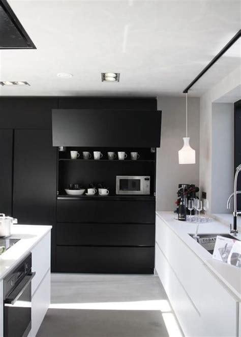 Cuisine Moderne Noir Et Blanche by Les 25 Meilleures Id 233 Es De La Cat 233 Gorie Cuisine Noir Et