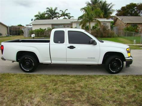 how to learn all about cars 2005 chevrolet classic seat position control find used chevy colorado 2005 four cylinders in fort lauderdale florida united states for us