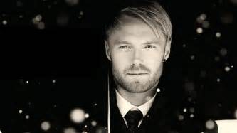 Ronan keating doesn t have time to buy christmas gifts