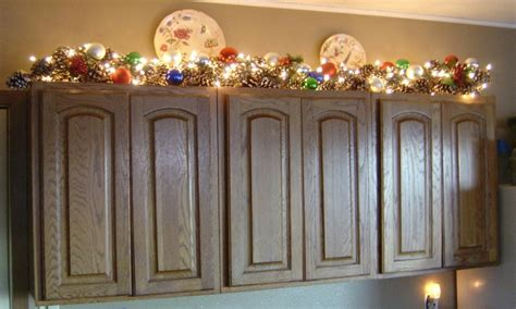 top of kitchen cabinet christmas decorating ideas decorating tops of kitchen cabinets decorating above
