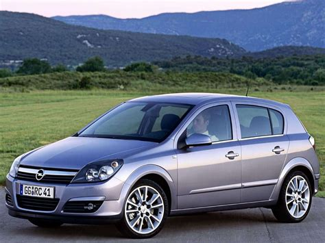 Car And Car Zone Opel Astra 2004 New Cars Car Reviews