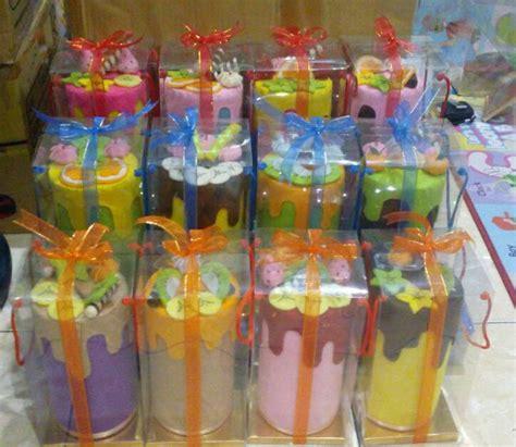 jual souvenir celengan cantik hias kain flanel rainbow