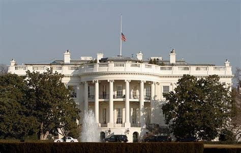 white house flag half mast president obama orders government flags lowered to half staff kiwaradio com