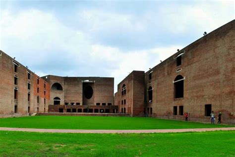 IIM Ahmedabad vs IIM Calcutta   Difference and Comparison