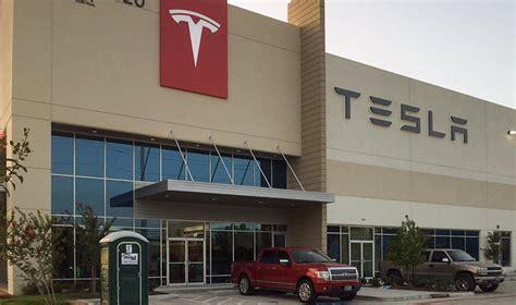 Tesla Houston New Tilt Up Houston Tesla Store On I 45 S Car Lot