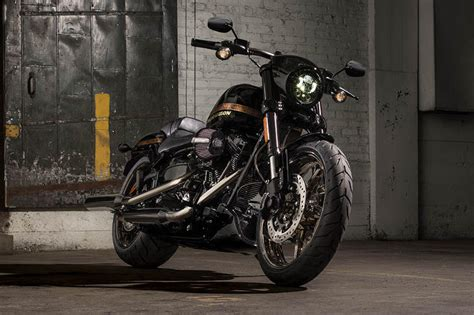 Motorrad Gabel Drehmoment by Harley Davidson Cvo Pro Street Breakout Limited Modelljahr