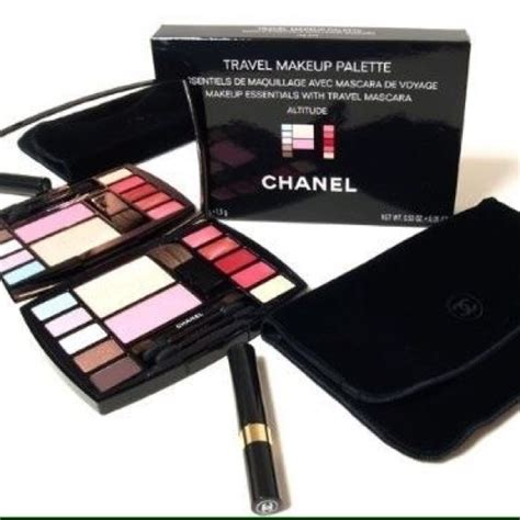 90 chanel other authentic new chanel makeup kit bag
