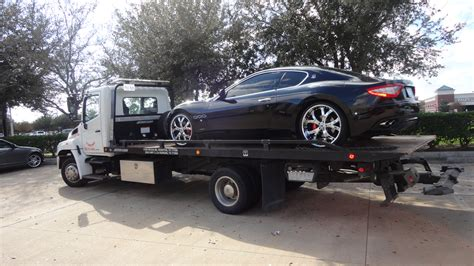flat bed tow truck houston flatbed towing lockout fast cheap reliable