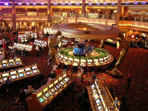 las vegas the grand the the casinos the mob the books las vegas travelog mgm grand