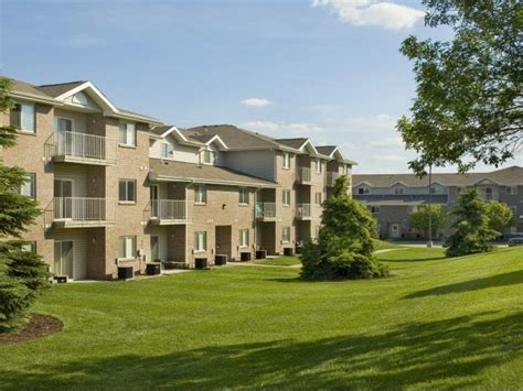 Mba Apartments Lincoln Ne by Highland View Apartments Apartments 4441 N 1st St