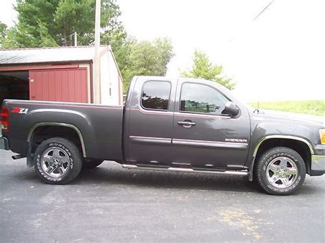 2011 gmc sierra 1500 extended cab pricing ratings reviews kelley blue book find used 2011 gmc sierra 1500 sle extended cab pickup 4 door 5 3l in red bud illinois united
