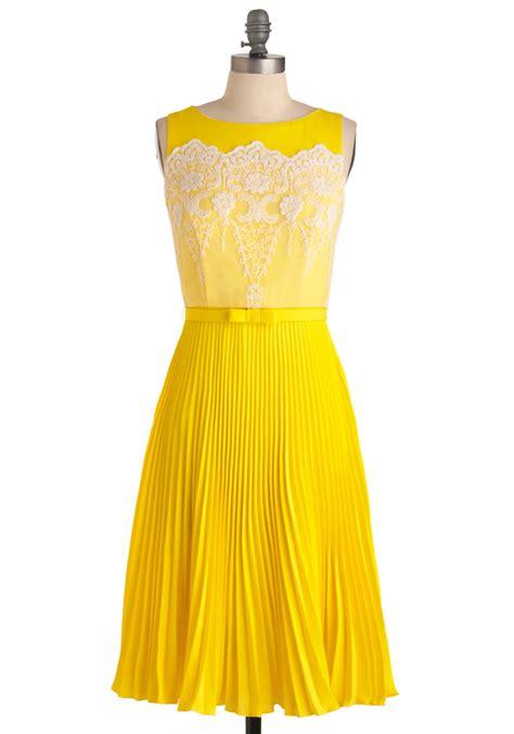 Dress Yellow modcloth lemon amour dress in yellow lemon lyst