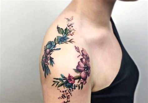 imagenes tatuajes hombro mujer las 39 mejores ideas de tatuajes en el hombro hombre mujer