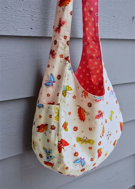 pattern for making a tote bag a cute over the shoulder bag tutorial with a free pdf