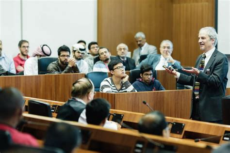Carnegie Mellon Mba Employment Report by Carnegie Mellon Qatar Hosts Lecture With Finance Expert