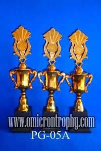 Grosir Pomade Base Murah Non Label 1 agen piala trophy murah grosir trophy plastik semarang